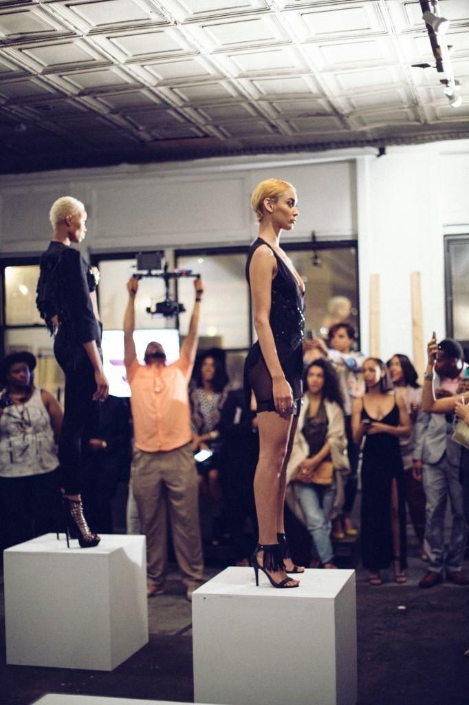 Model Kanani Anadulz modeling Demi Emmir